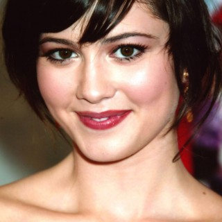 Mary Elizabeth Winstead new