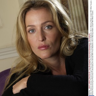 Gillian Anderson free wallpapers