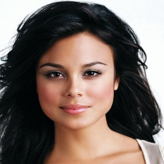 Nathalie Kelley photos