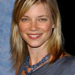 Amy Smart free wallpapers