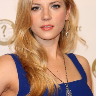Katheryn Winnick wallpapers desktop