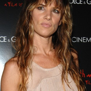 Juliette Lewis widescreen