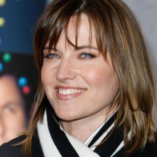 Lucy Lawless free wallpapers