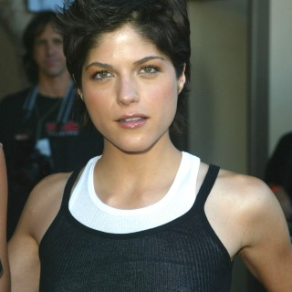 Selma Blair hd wallpapers