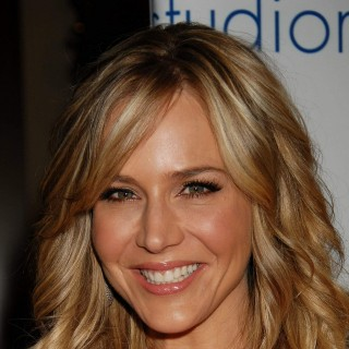 Julie Benz download wallpapers