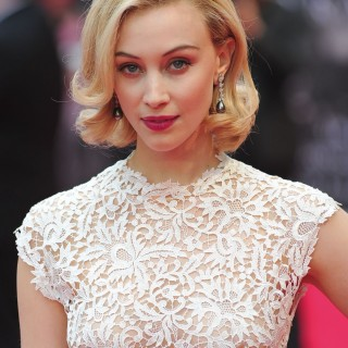 Sarah Gadon wallpapers desktop