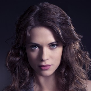 Lyndsy Fonseca download wallpapers