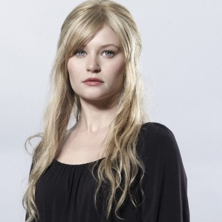 Emilie De Ravin download wallpapers