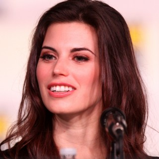 Meghan Ory pictures
