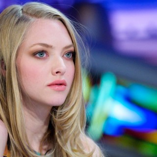 Amanda Seyfried high resolution wallpapers