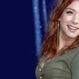 Alyson Hannigan high definition wallpapers