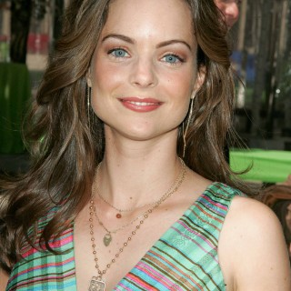 Kimberly Williams-Paisley background