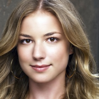 Emily Vancamp high resolution wallpapers