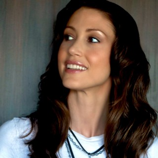 Shannon Elizabeth wallpapers desktop