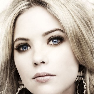 Ashley Benson download wallpapers