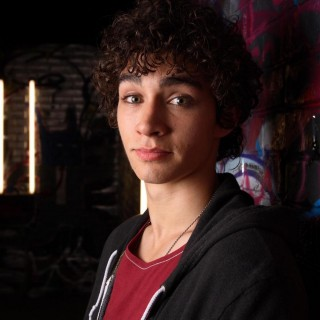 Robert Sheehan hd