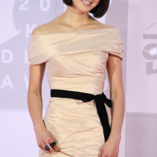 Lee Si Young widescreen