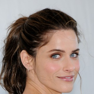 Amanda Peet high resolution wallpapers