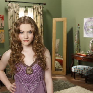 Skyler Samuels wallpapers widescreen