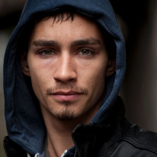 Robert Sheehan new