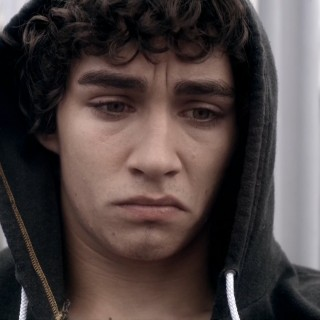 Robert Sheehan widescreen