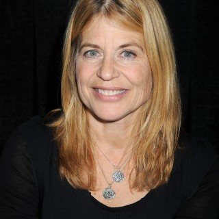 Linda Hamilton background