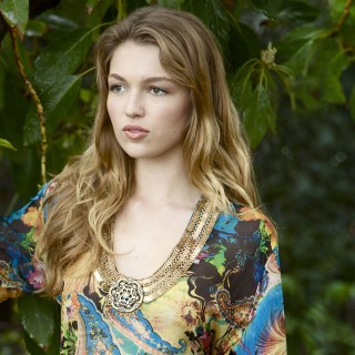 Lili Simmons new