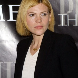 Clea Duvall wallpapers widescreen
