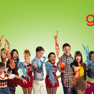 Glee widescreen