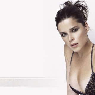 Neve Campbell high quality wallpapers