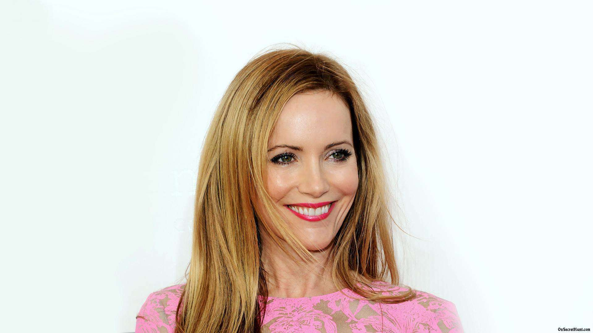 Leslie Mann HD Wallpapers