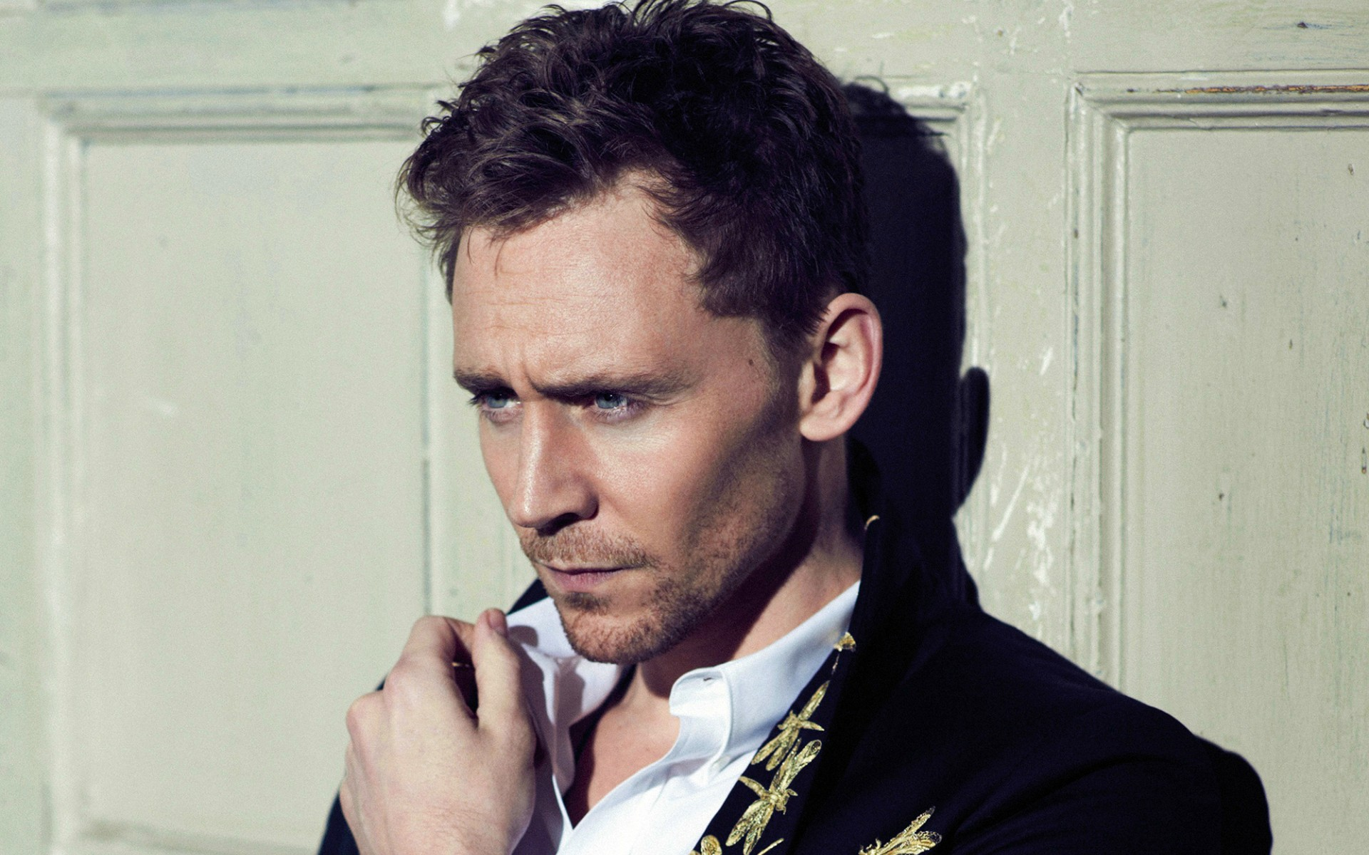 Tom Hiddleston HD Wallpapers