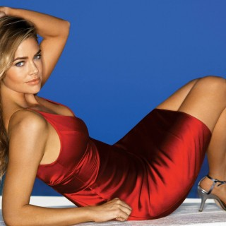 Denise Richards 2015