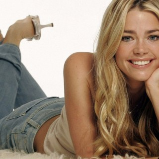 Denise Richards high resolution wallpapers