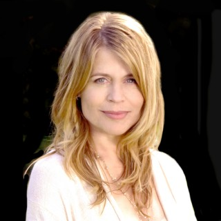 Linda Hamilton wallpapers desktop