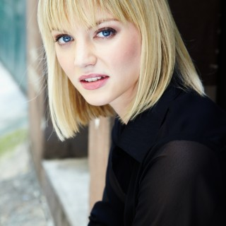 Cariba Heine background