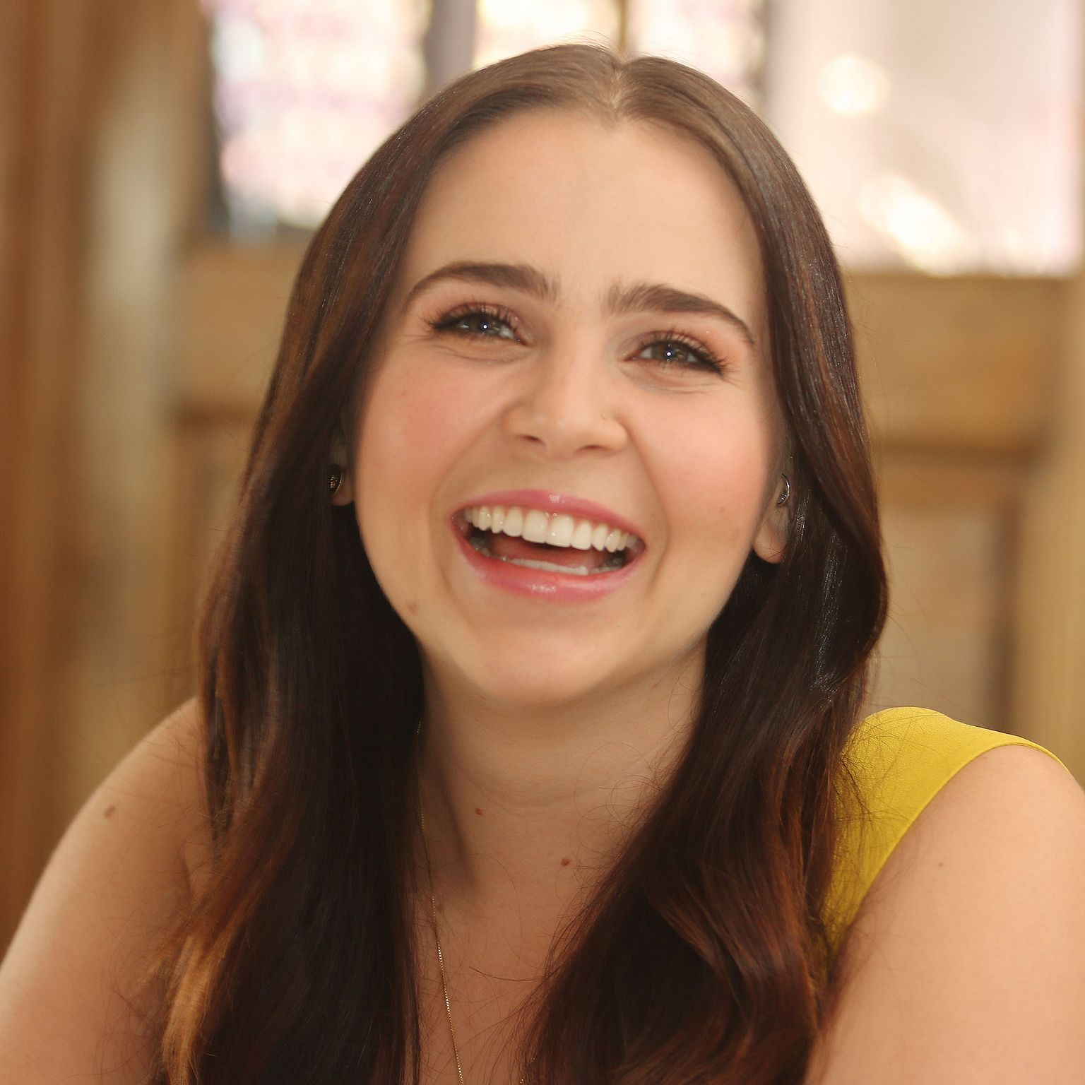 Mae Whitman hd