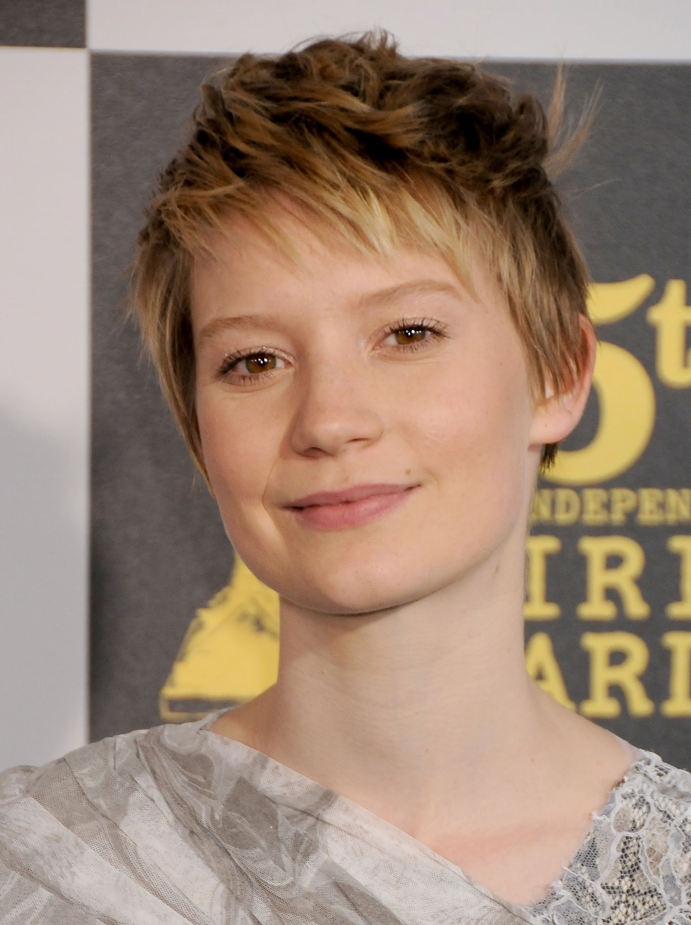 Mia Wasikowska wallpapers widescreen