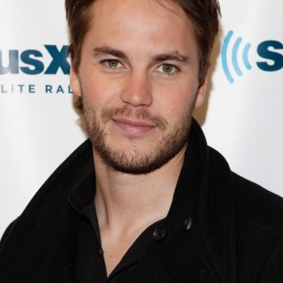 Taylor Kitsch download wallpapers