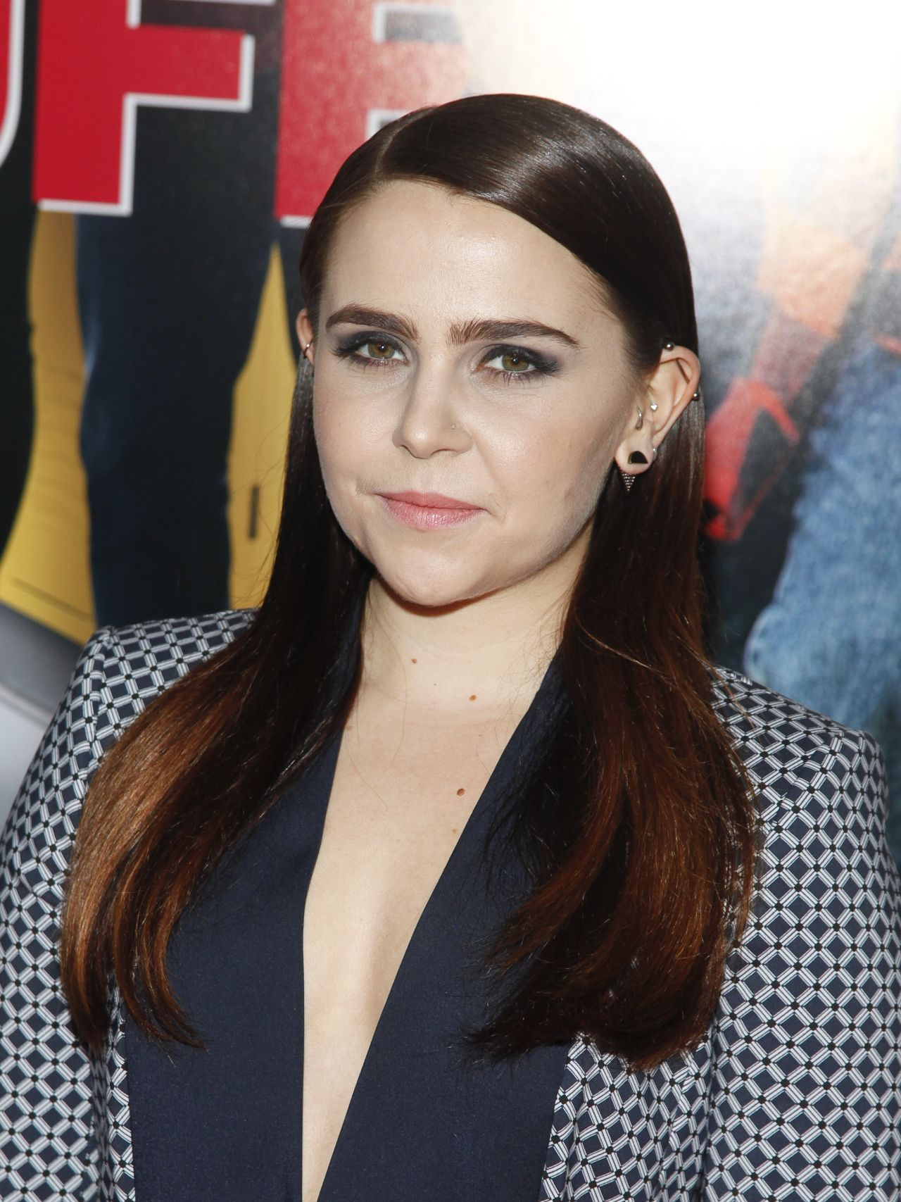 Mae Whitman widescreen