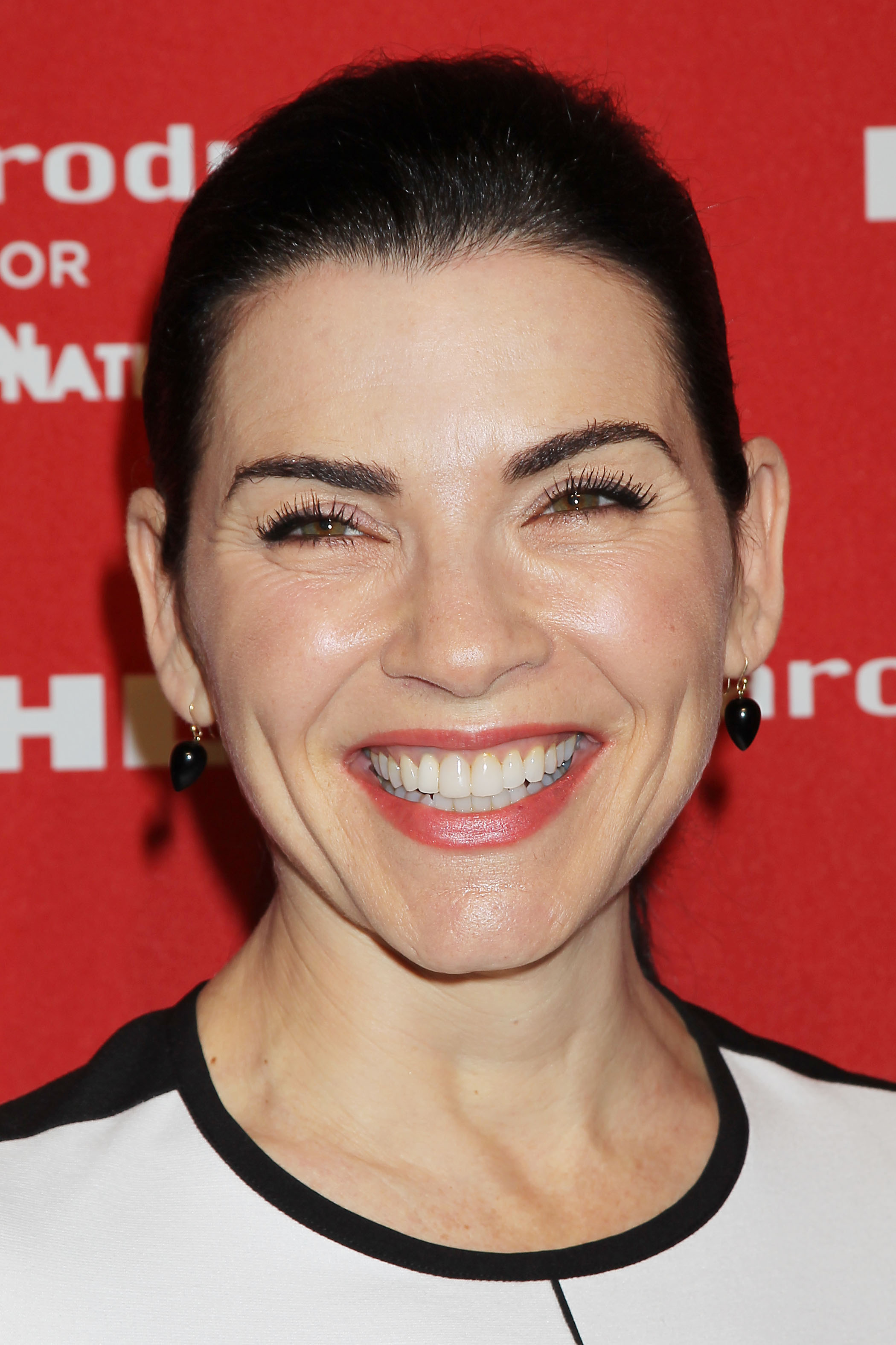 Julianna Margulies background
