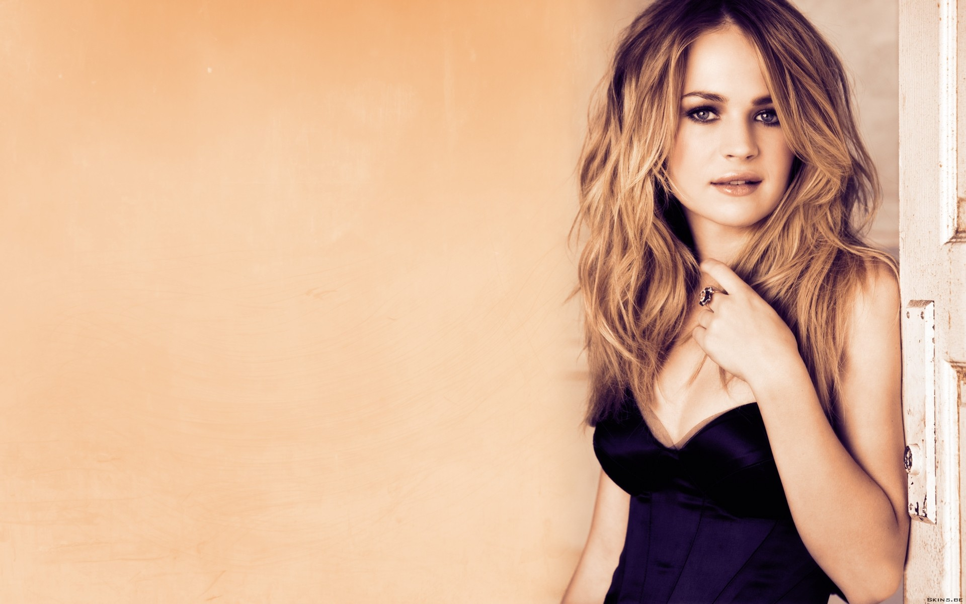 britt robertson hd wallpapers for desktop download