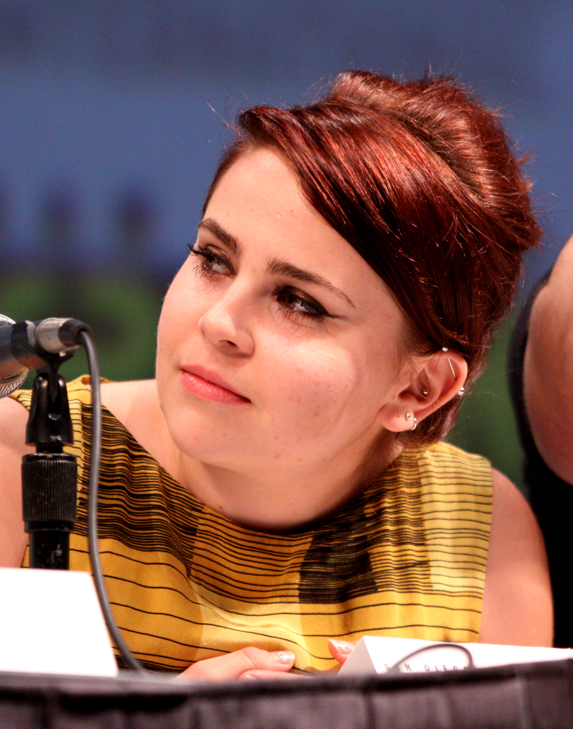 Mae Whitman background