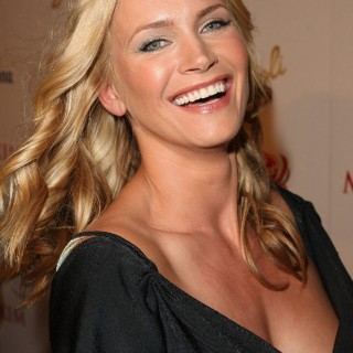 Natasha Henstridge free wallpapers