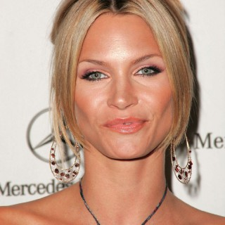 Natasha Henstridge hd