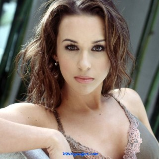 Lacey Chabert hd wallpapers