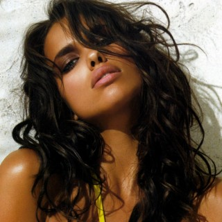 Irina Shayk download wallpapers