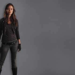 Summer Glau high resolution wallpapers