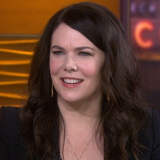 Lauren Graham download wallpapers