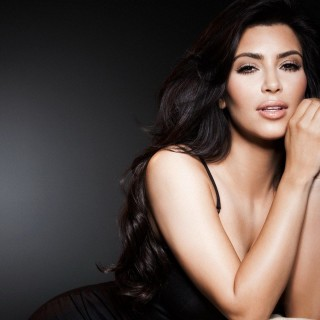 Kim Kardashian free wallpapers